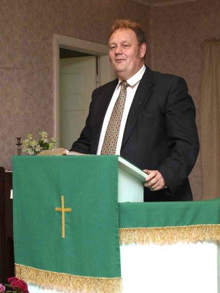 Pastor Tarmo Kähr